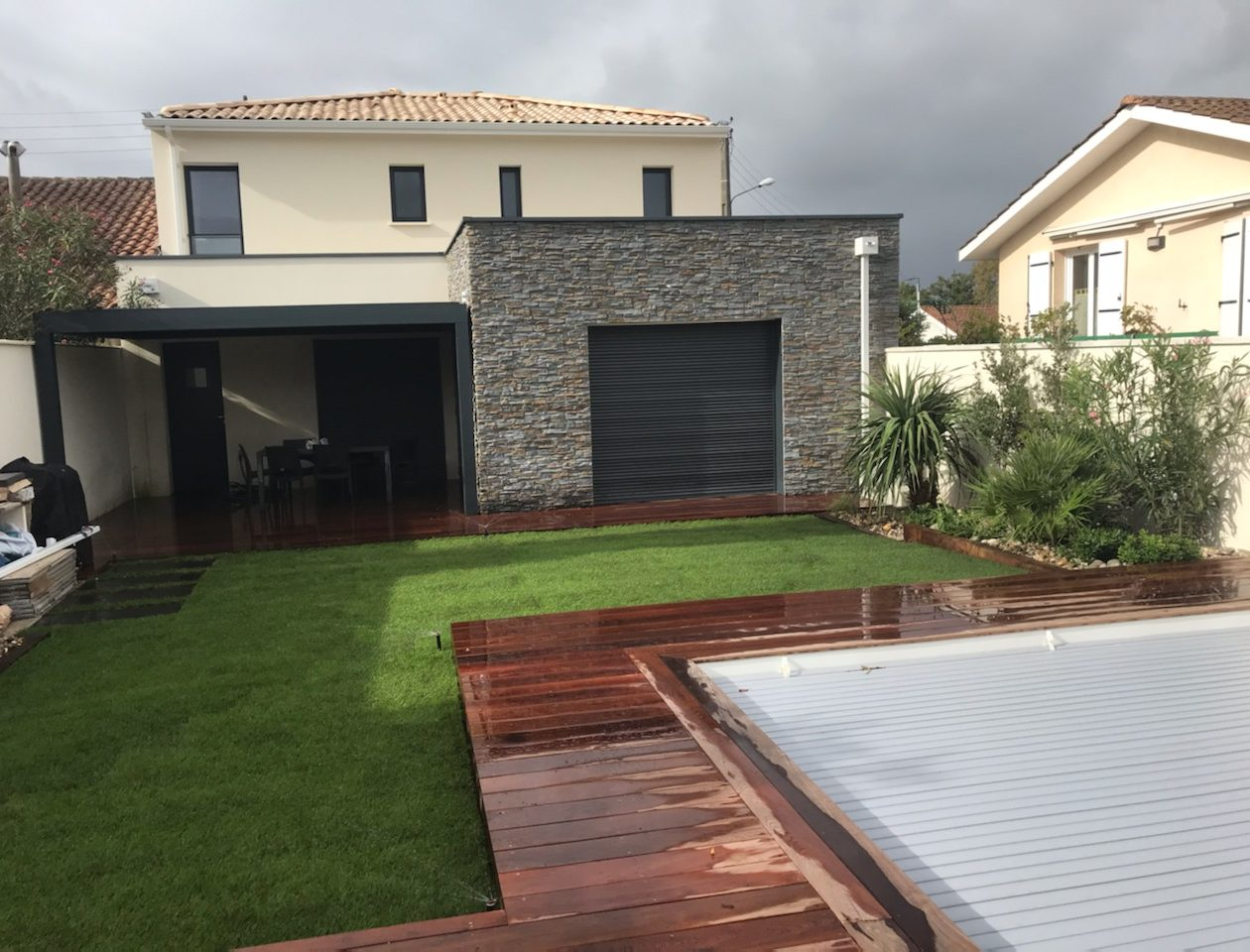 terrasse-ipe-gazon-plantations-apres